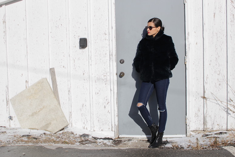 WoahStyle.com | Zara navy faux fur, ripped jeans and black Alexander Wang boots #streetstyle #streetwear