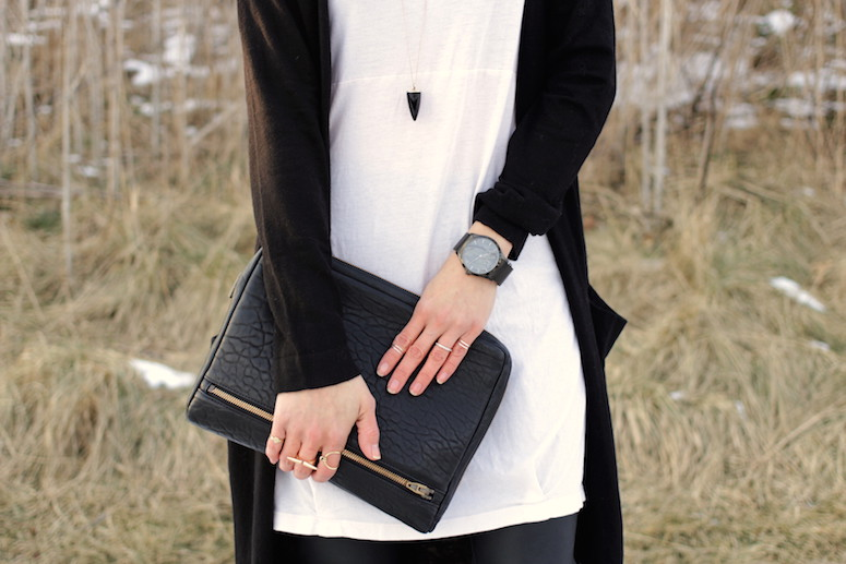 WoahStyle.com | Isabel Marant Angie boots, leather leggings, white tunic and long black cardigan from Zara, Alexander Wang Fumo clutch, Fjord watch. #streetstyle #blackandwhitestyle