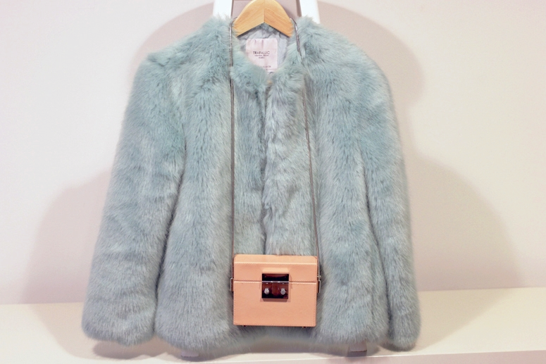 WoahStyle.com| Zara faux fur and pink box bag