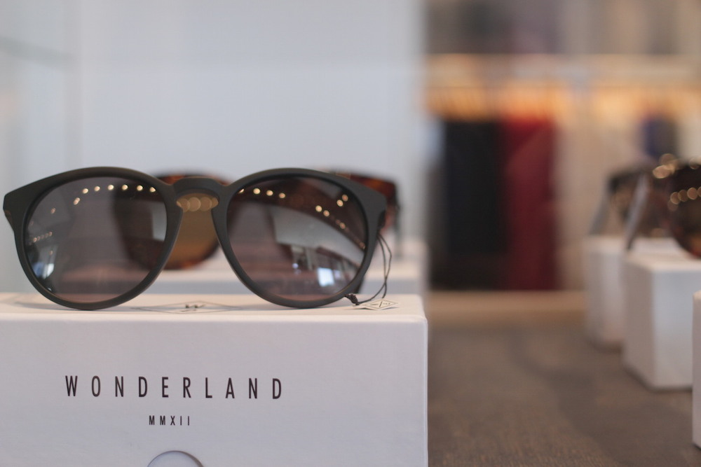 These Wonderland sunglasses need to get in my life!