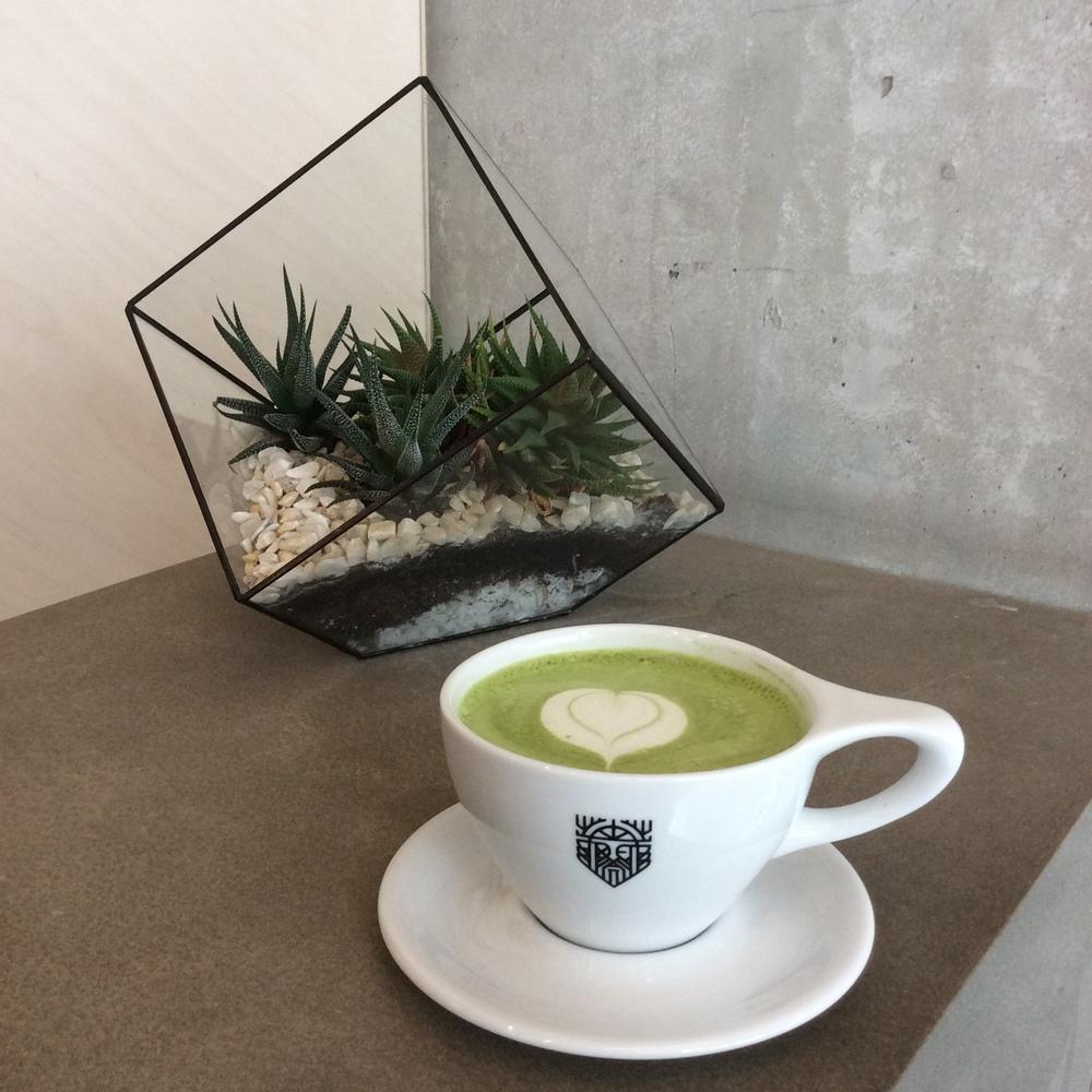 WoahStyle.com | Odin cafe Toronto, matcha green tea latte