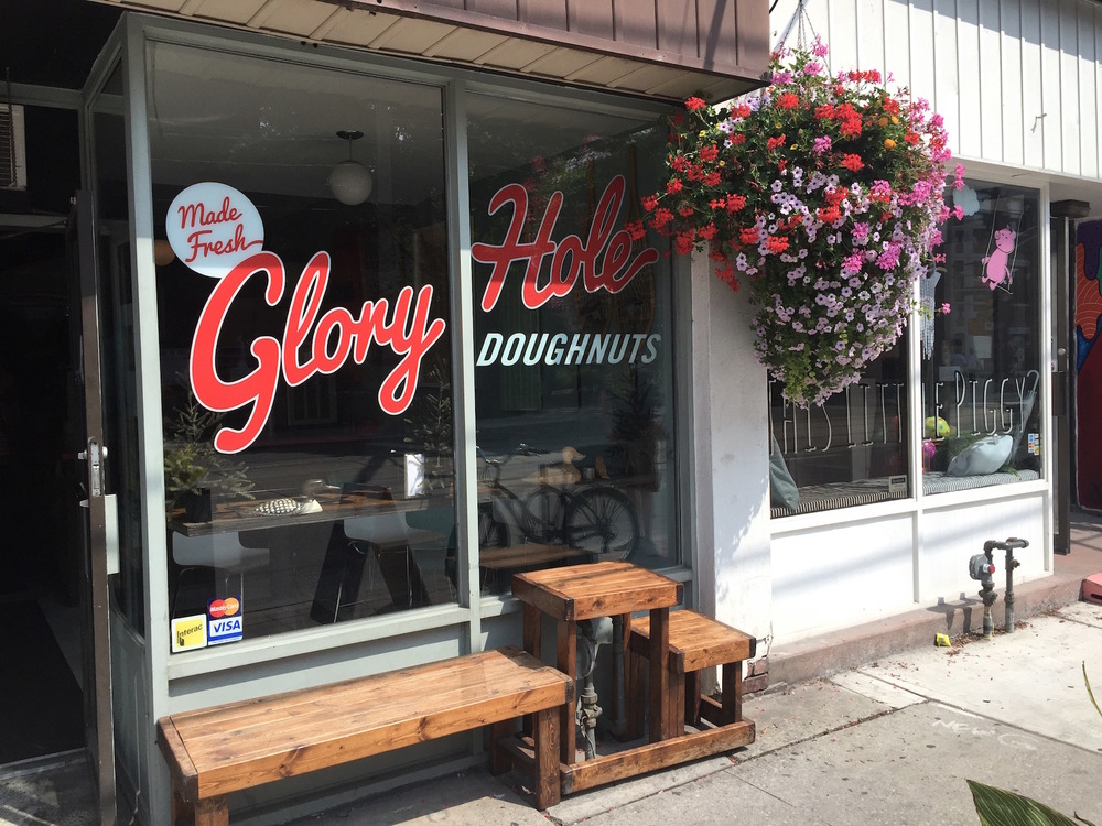 WoahStyle.com_Best of Toronto Mini Food Tour-Diary_Best Handmade Donuts_Glory Hole Donuts_vegan_4374.jpg