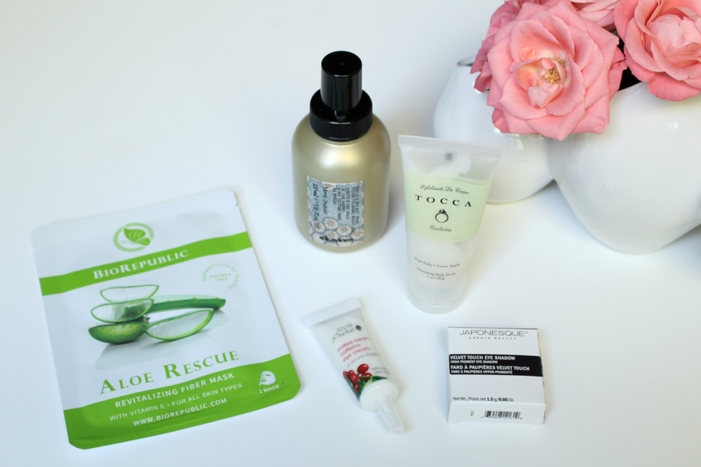 WoahStyle.com_September 2015 Birchbox_Japonesque Eye Shadow_Tocca Giulietta Body Scurb_BioRepublic Aloe Rescue Mask_100 Pure Coffee Bean Caffeine Eye Cream_Davines Sea Salt Hair Spray_Makeup_Birchbox Review_1944.jpg
