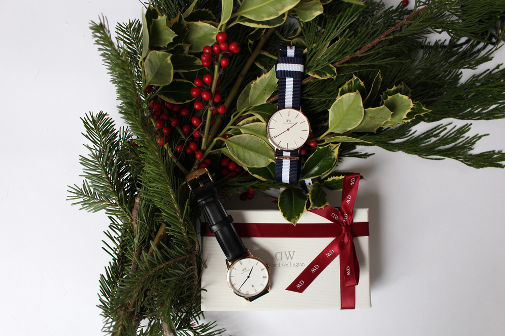 Get 15% off your entire purchase on danielwellington.com with code WOAHSTYLE from now until January 15, 2016.