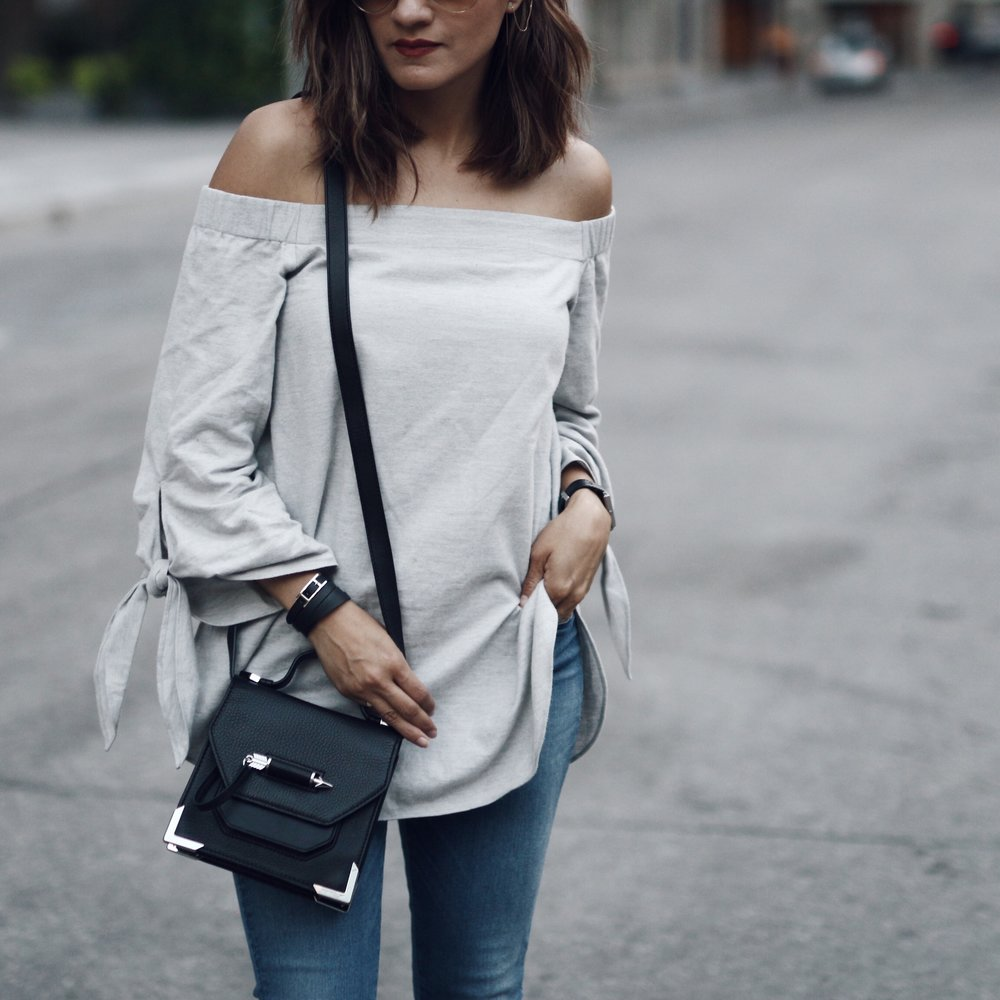 outfit | THE MOST FLATTERING FALL TREND YOU NEED TO TRY FEAT. CLUB MONACO