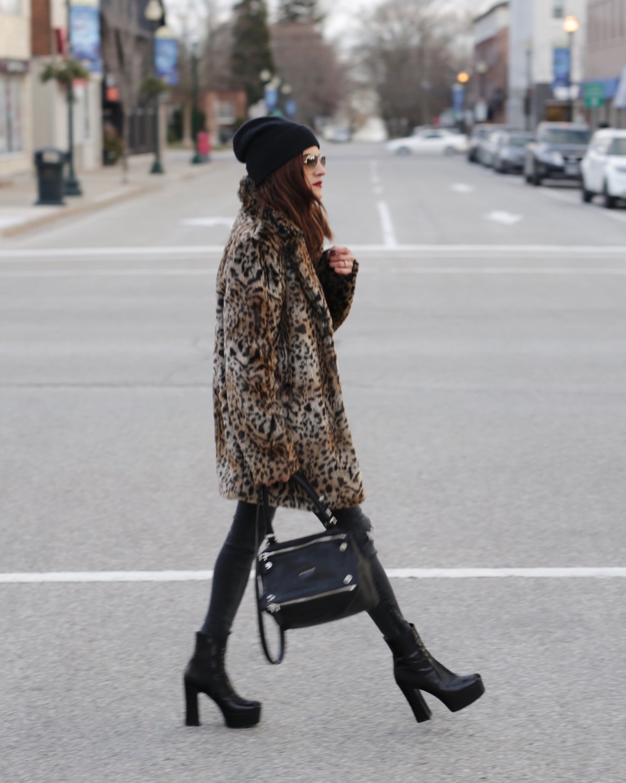 saint laurent black candy platform boots leopard print coat givenchy pandora isabel marant endless tshirt street style woahstyle.com_5698.JPG