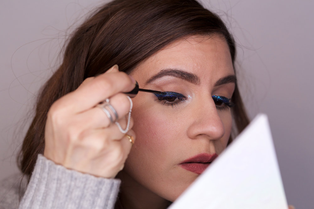 HOW TO Easy Glitter Eye Liner - woahstyle.com_1728.jpg