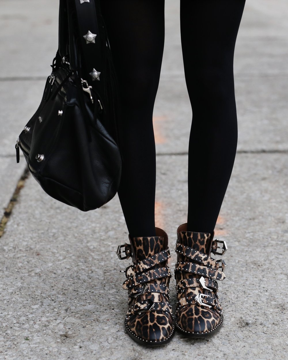 Donating my designer bags with Dress For Success. Givenchy Pandora and leopard ankle boots. -woahstyle.com _6862.JPG