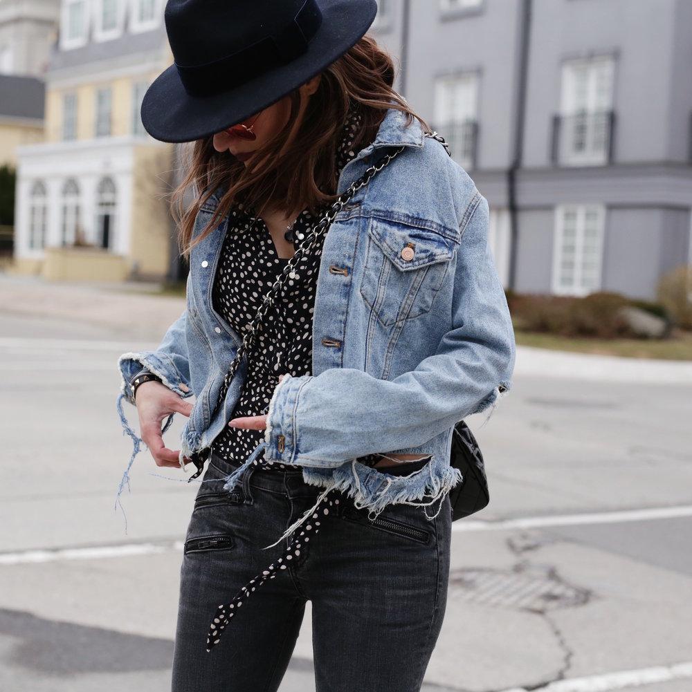 Patent leather Chanel jumbo bag, Saint Laurent platform boots, shredded denim jacket street style - woahstyle.com_7470.JPG