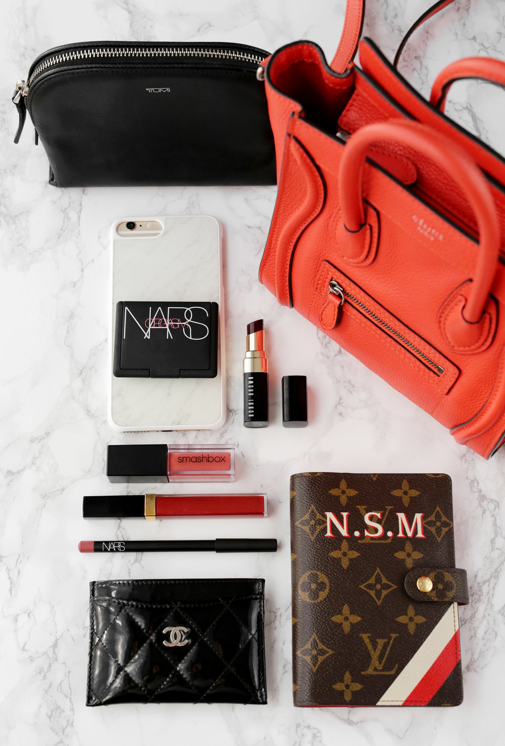 What's in my Celine Nano Luggage Bag_9166.jpg