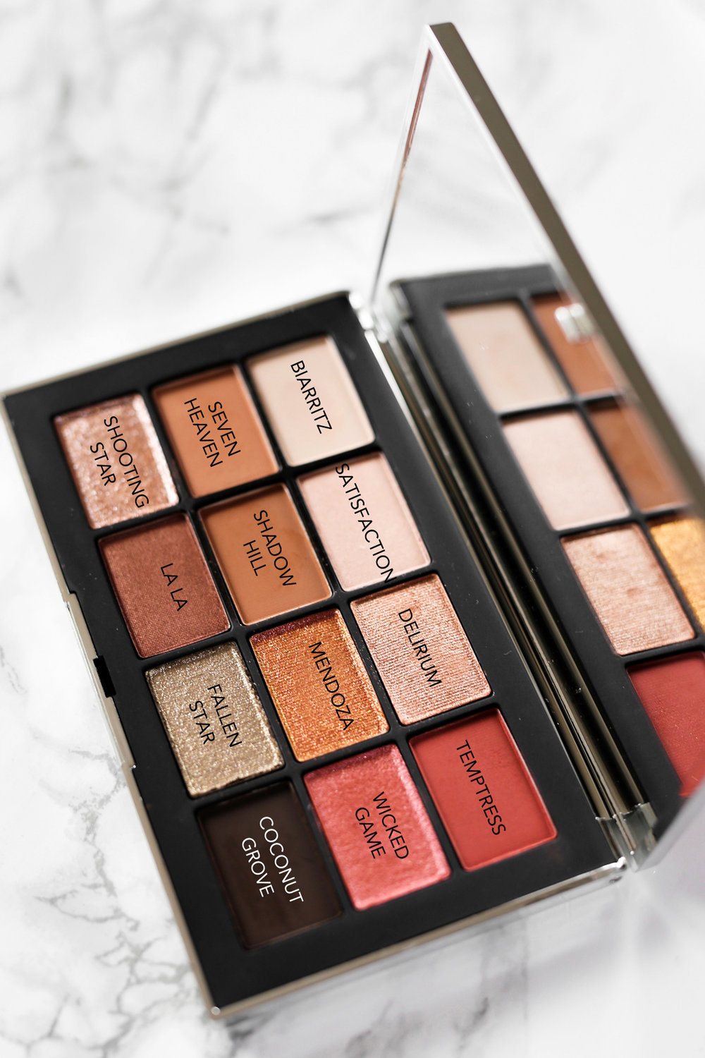 REVIEW NARSissist Wanted Eyeshadow Palette-COLOURS.jpg