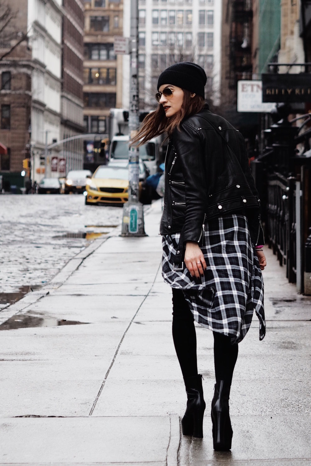 NYC street style Saint laurent platform boots-18.jpg