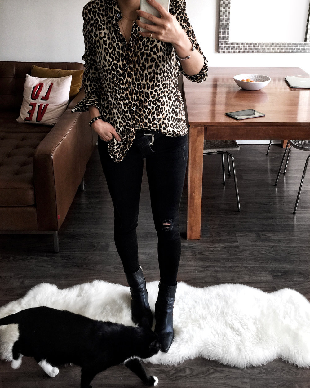 @_nathaliemartin woahstyle.com equipement x kate moss leopard print silk blouse, zara jeans, matisse x kate bosworth boots - mid century modern decor