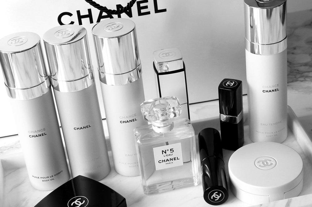 CHANEL Chance Body Oils and Fragrance Cushion Compact - woahstyle.com_7809 copy.jpg