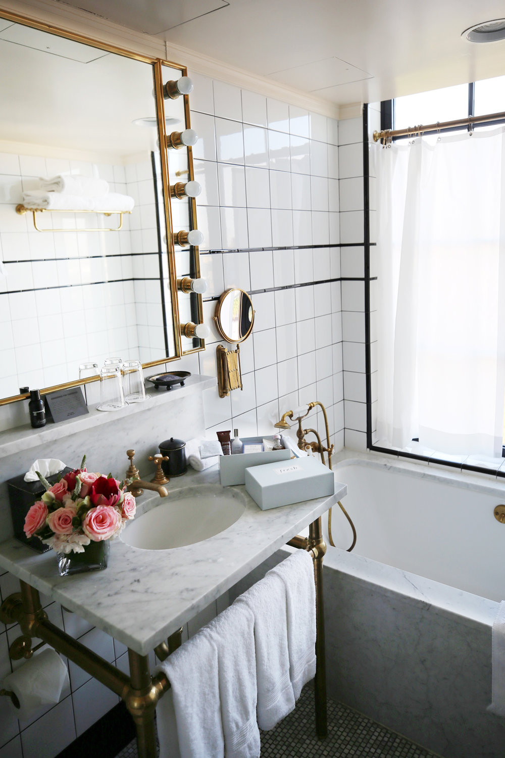Bathroom at the Ludlow Hotel NY with Fresh Beauty, photos by Nathalie Martin, woahstyle.com_0731.jpg