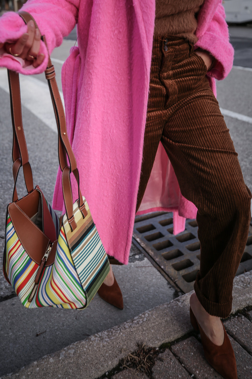 Nathalie Martin wearing Helmut Lang pink belt tie wool coat, brown corduroy pants, Zara brown textured sweater, Prada brown suede mules, Loewe striped Hammock bag, Bonlook Class sunglasses, street style, woahstyle.com_5155.jpg