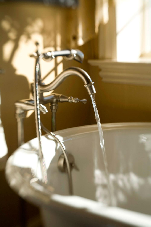 Rick Davis Photographic, Philadelphia, Still Life, Photography, Still Life Photography, Bath, Running Water, Faucet, Bathroom, Lifestyle