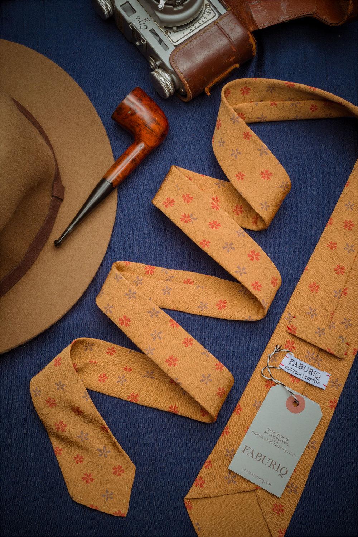 Gold Arabesque Tie
