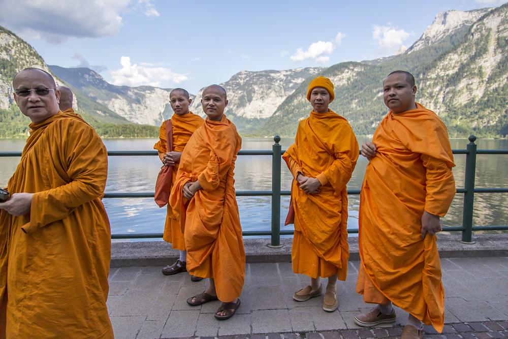 Buddhist-Monks-in-Hallstatt.jpg