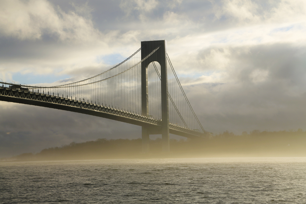 verrazano in golden mist.jp.jpg