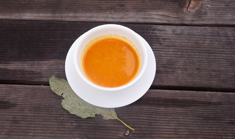 Carrot soup carrot ginger turmeric soup recipe vegetarian juice healthy food