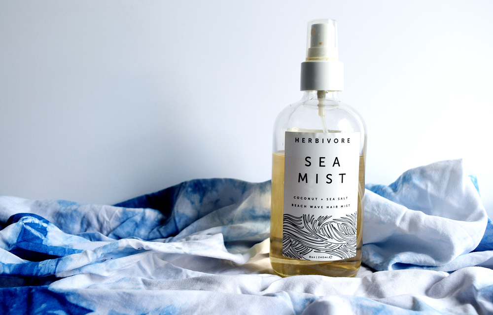 Herbivore Botanicals Sea Mist Texturizing Salt Spray summer beauty hair