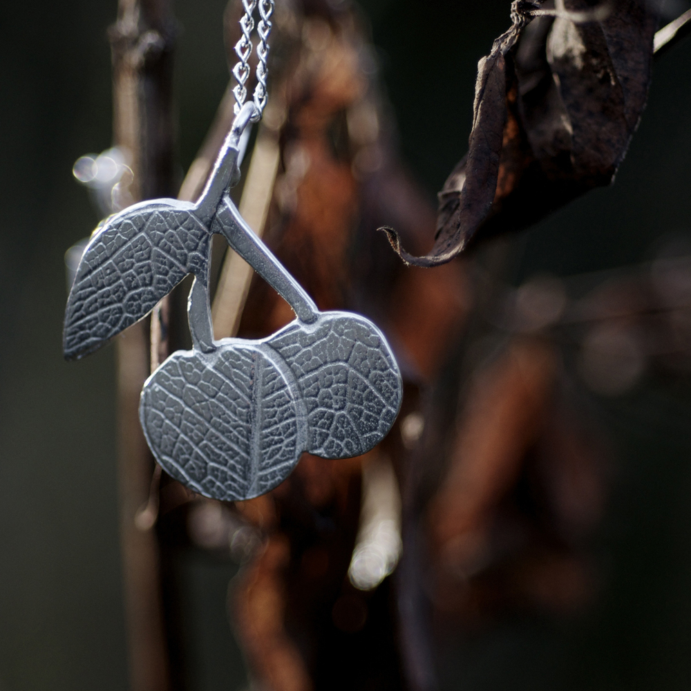 cherry pendant silver2.jpg