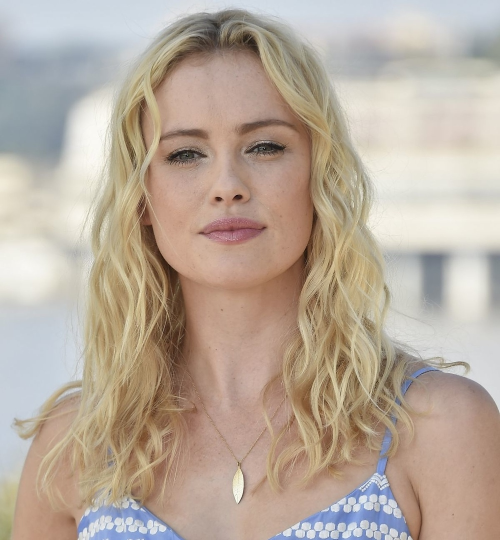 hannah-new-at-black-sails-photocall-at-2014-monte-carlo-tv-festival_1.jpg