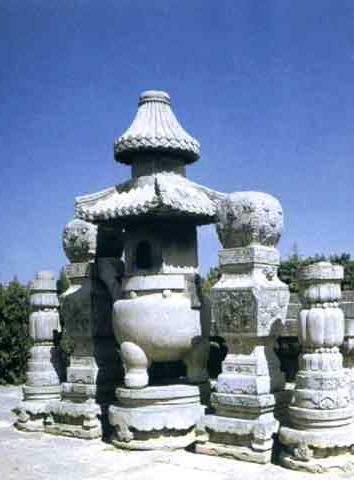 C42  陵墓建築