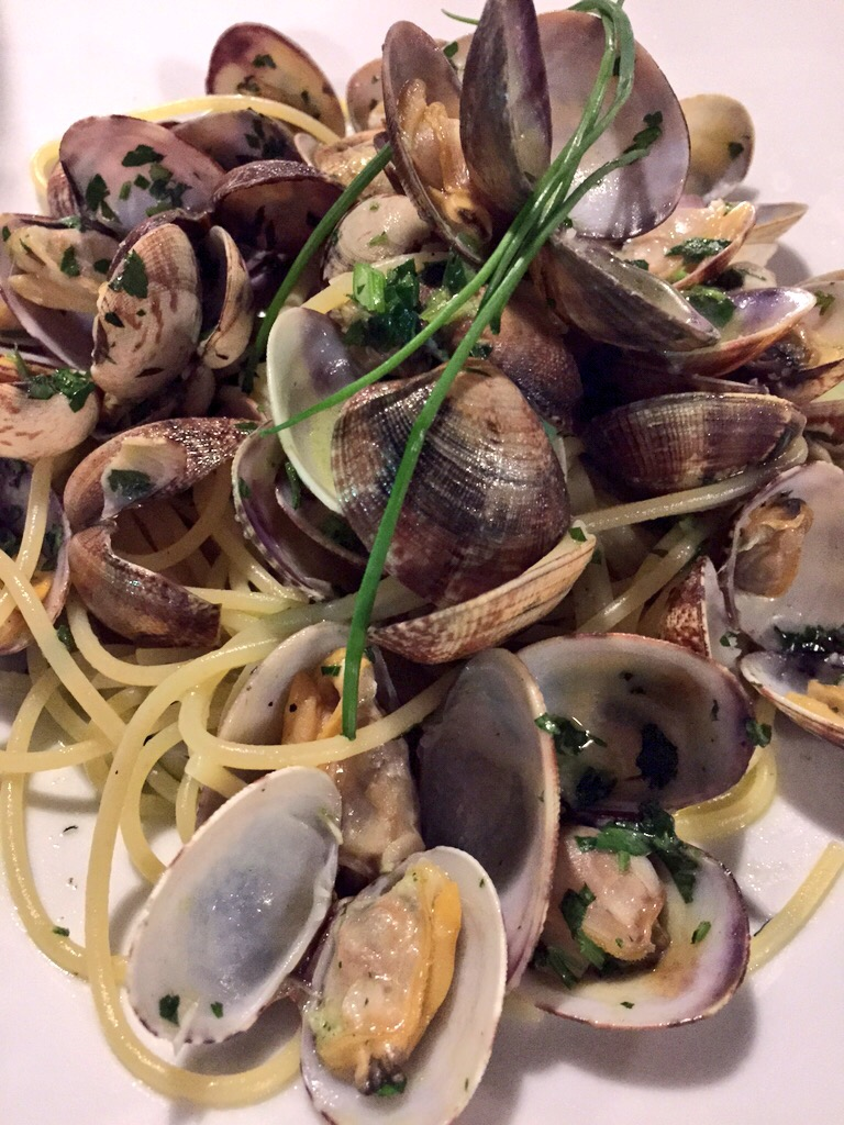 Linguine with Clams at La Barchetta in Bellagio, Italy