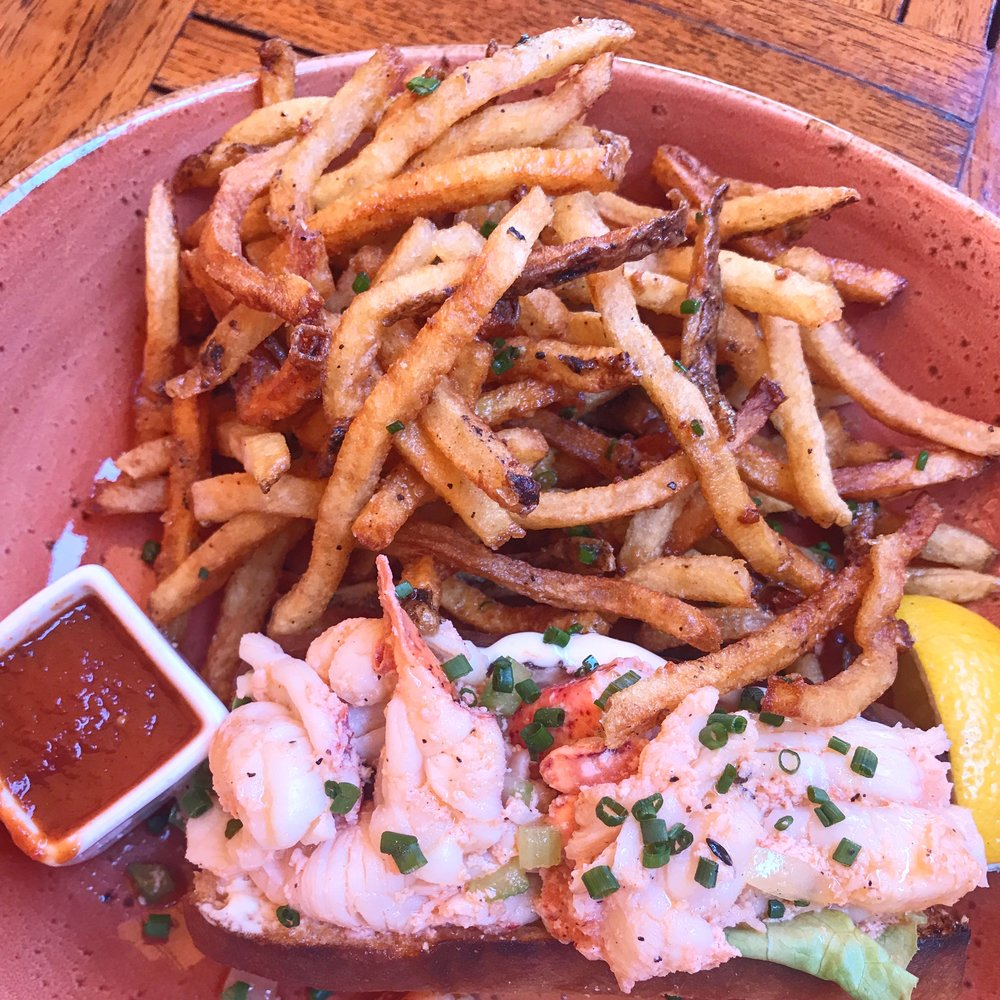 Lobster Roll at Dune.jpg