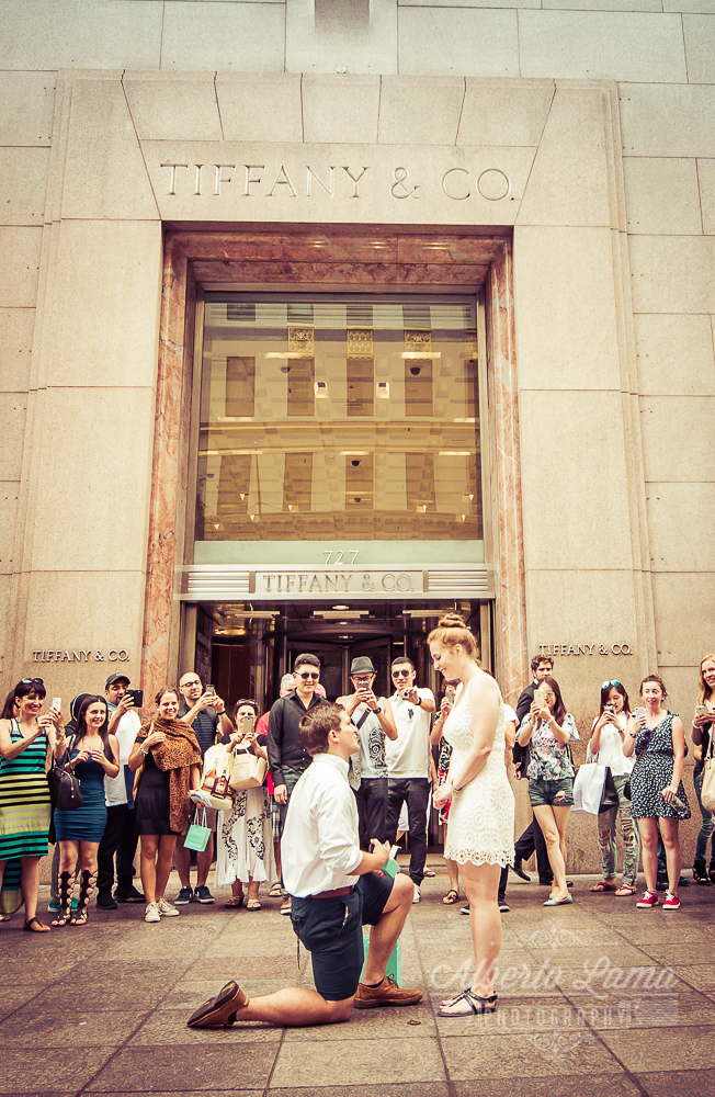 by Alberto Lama Photography, Tiffany store, 5th Ave. marriage proposal,