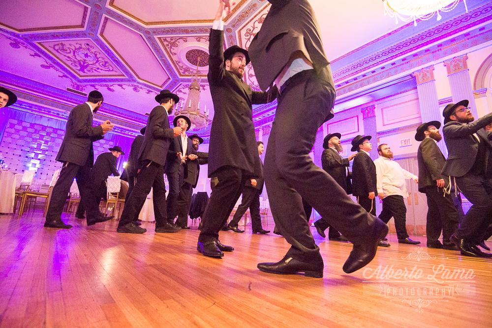 Jewish Wedding in New York 24.jpg
