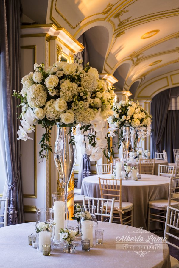 Wedding at The St. Regis Hotel in NYC by Alberto Lama