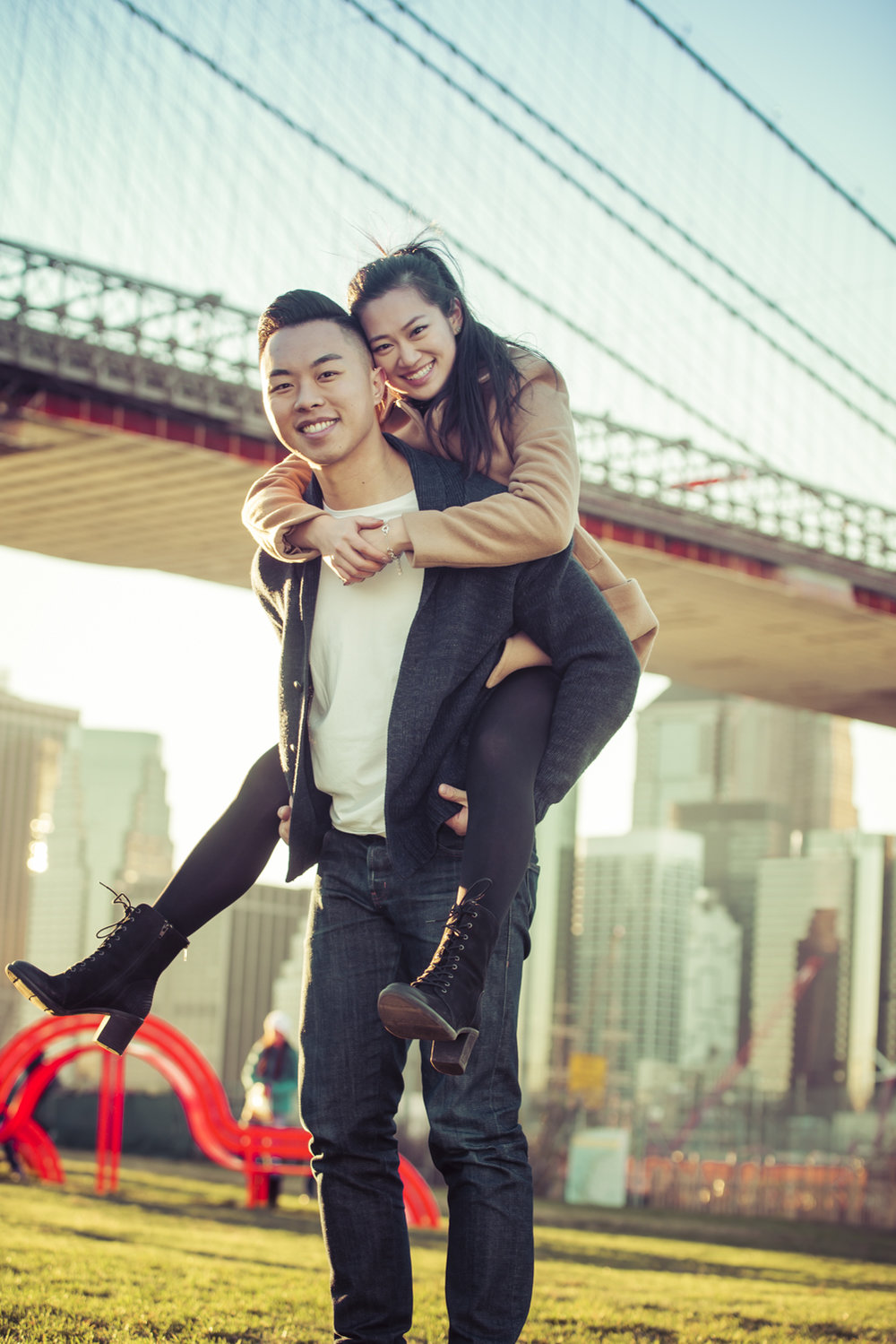Love in DUMBO: a Brooklyn Engagement Session I Image Copyright Alberto Lama Photography