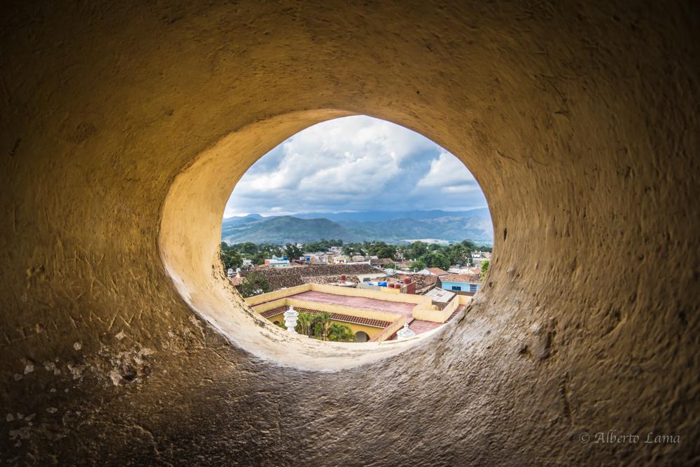 Trinidad, Cuba by Alberto Lama 13.jpg