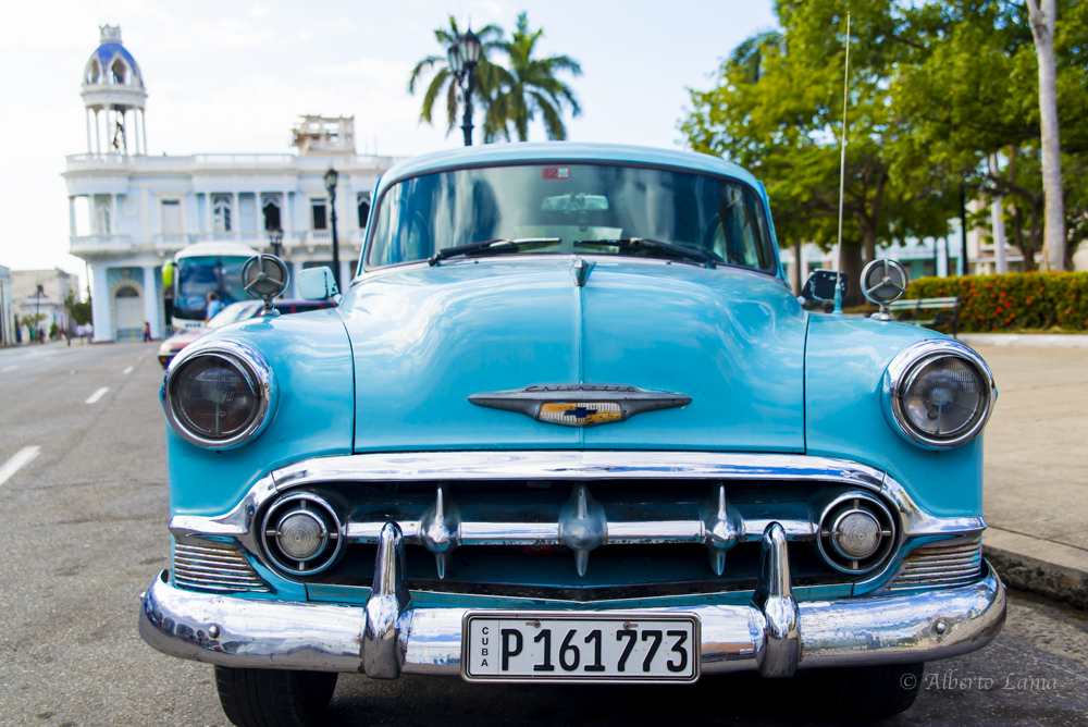 Travel to Cien Fuegos in Cuba. #travelphotography #cuba #cienfuegos