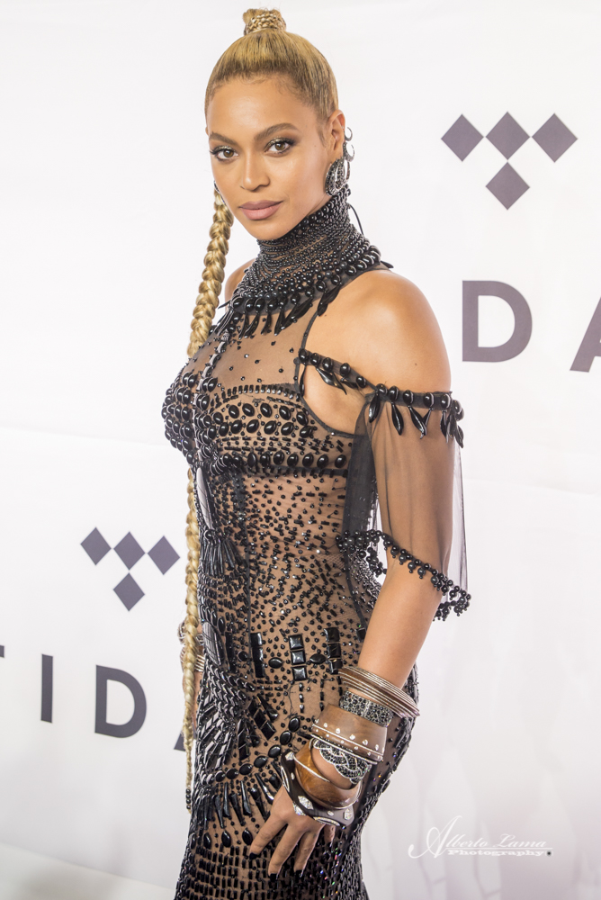 Beyonce arrives to the Red Carpet at TIDAL X benefit concert in NYC