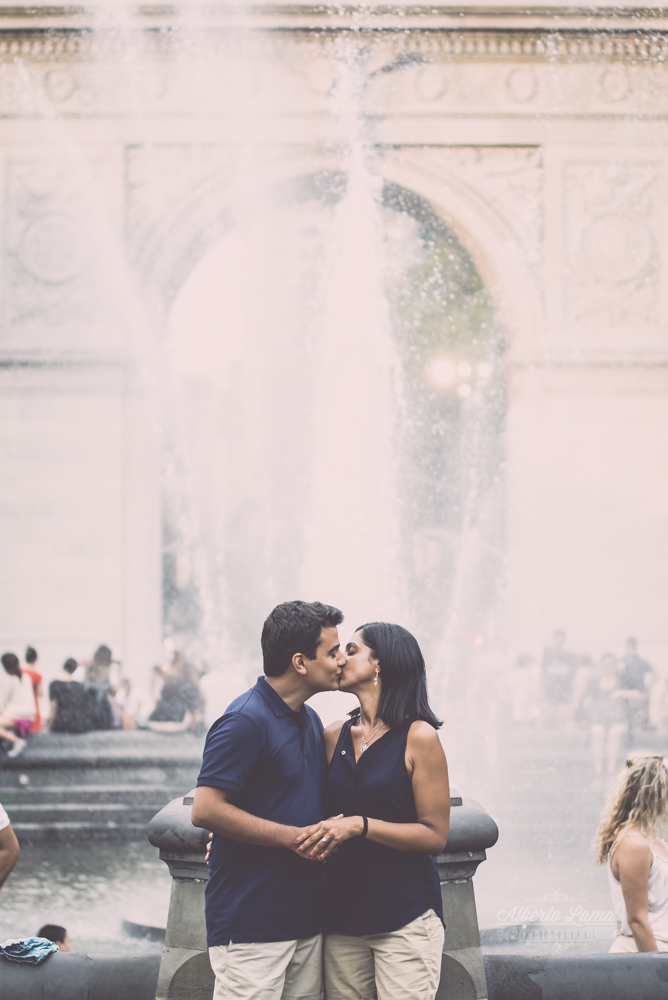 Sanjay propouse marriage to Dipa in Washington Sq. Park by Alberto Lama Photography