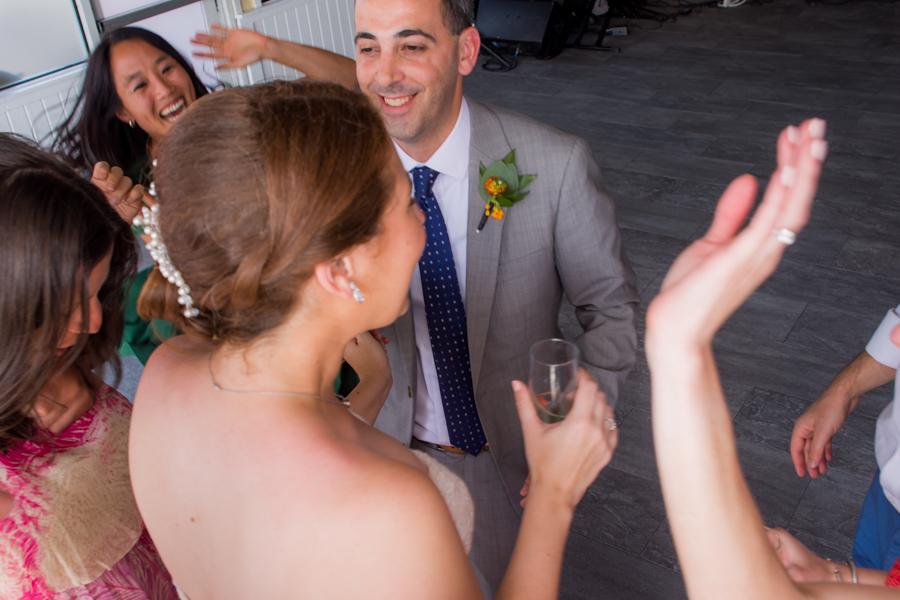 Allison & David Romantic Wedding in Dumbo & Chelsea Pears by Unveiled-Weddings.com #SunsetTerrace