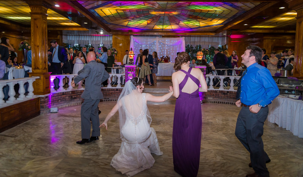 Tracy & Jason wedding at Pantagis Renaissance, New Jersey by Unveiled-Weddings.com