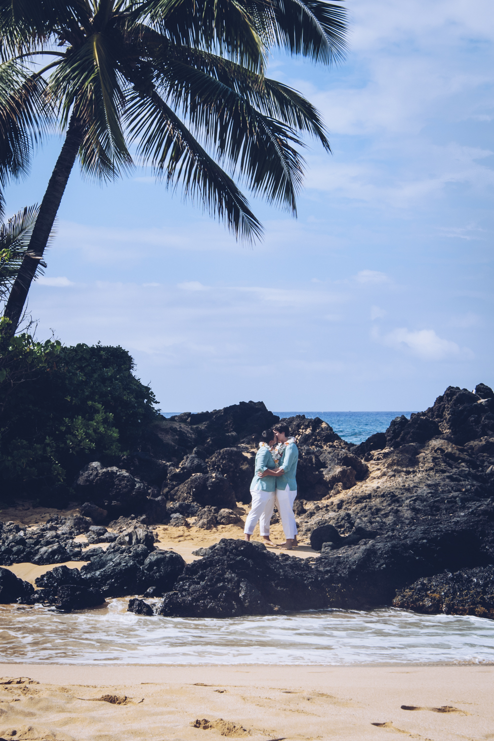 Hawaii+Wedding+by+Unveiled-Weddings.com+5.jpg