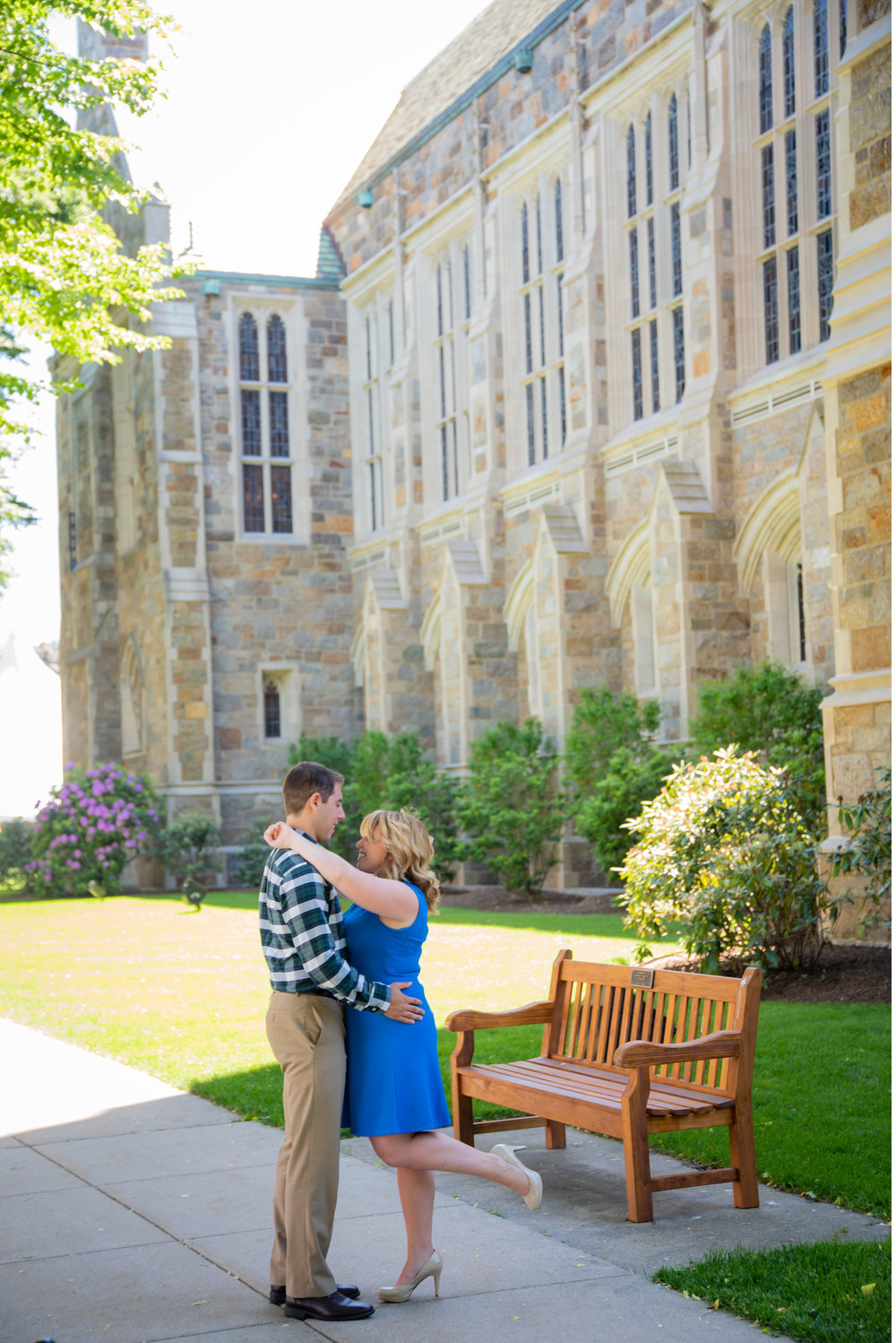 Lea & Greg Engagement session at the Boston College by Unveiled-Weddings.com