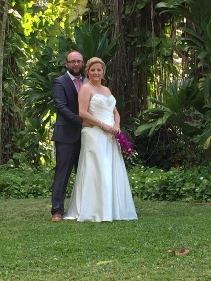 """Huge thanks to Dave, Linda and the team for getting my dress perfect for my wedding."" - Kelly Davis"