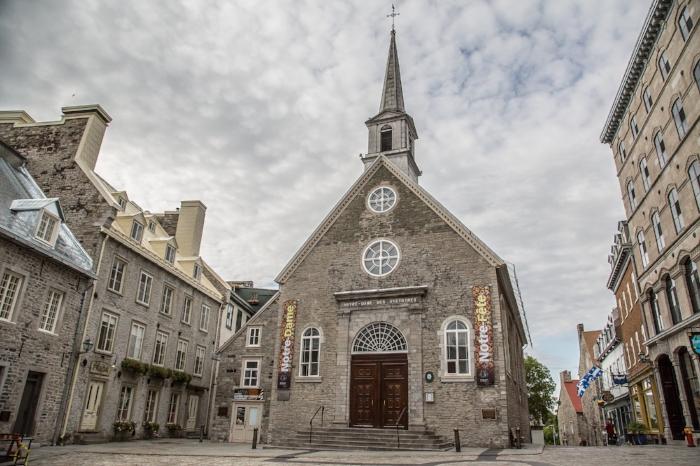 Notre-Dame,_Vieux-Quebec_Old_Quebec_City_6D2B6315.jpeg