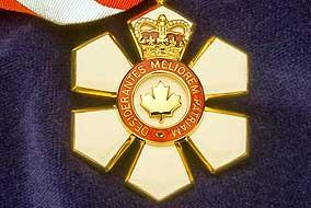 ....La médaille d'honneur de l'Ordre du Canada..The Order of Canada Medal of Honor....  Source:  hiwiki.llais.ubc.ca