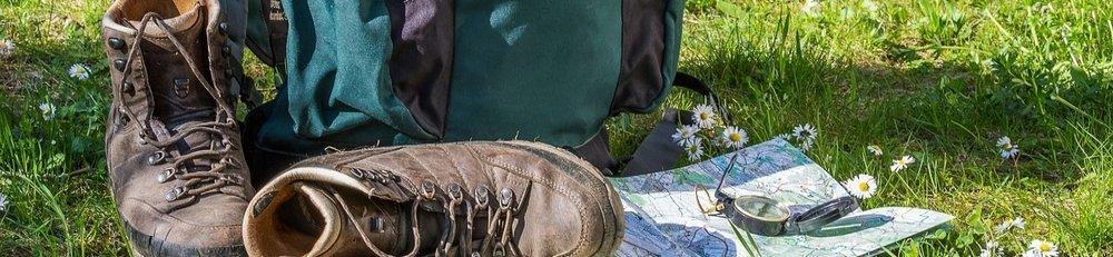 hiking-1312226_1280.jpg