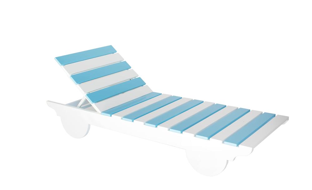 deck chair.jpg