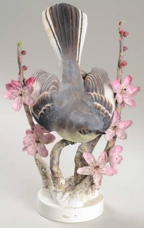 Mockingbird cock & Peachblosso.jpg