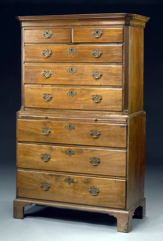 George III mahogany chest on chest.jpg